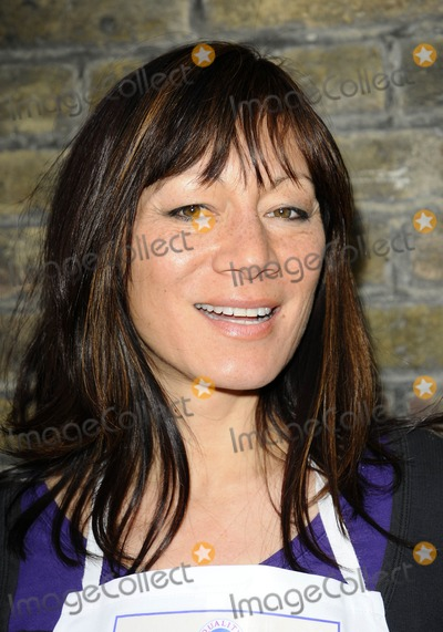Anna Ryder Richardson Photo - London UK Anna Ryder Richardson at the Bacon Connoisseurs Week 2009 launch held at the Bleeding Heart Restuarant Bleeding Hart Yard in London 16th March 2009Can NguyenLandmark Media
