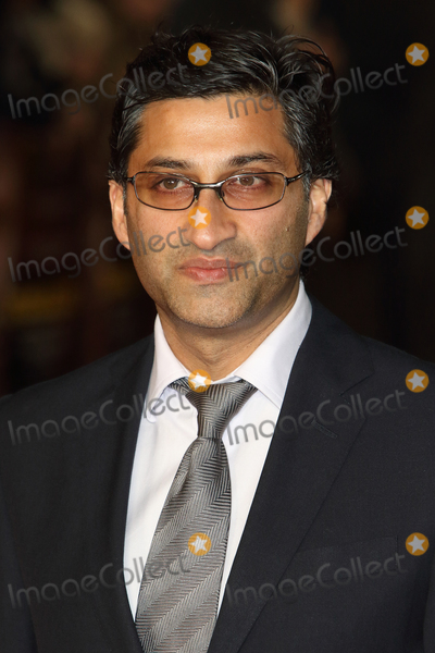 Asif Kapadia Photo - LondonUK Asif Kapadia  at World Premiere of  Ronaldo  at the Vue West End Leicester Square London 9th November 2015RefLMK73-58091-101115Keith MayhewLandmark Media WWWLMKMEDIACOM