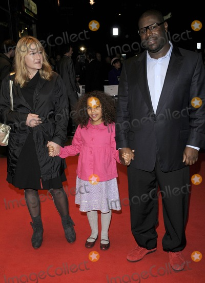 Steve Mcqueen Photo - London UK Steve McQueen and Family at the Hunger UK premiere of LFF Day 5 held at the Odeon Weeest End 19th October 2008Can NguyenLandmark Media