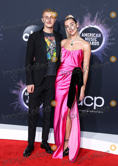 Anwar Hadid Photo - LOS ANGELES CALIFORNIA USA - NOVEMBER 24 Anwar Hadid and girlfriendsinger Dua Lipa arrive at the 2019 American Music Awards held at Microsoft Theatre LA Live on November 24 2019 in Los Angeles California United States (Photo by Xavier CollinImage Press Agency)