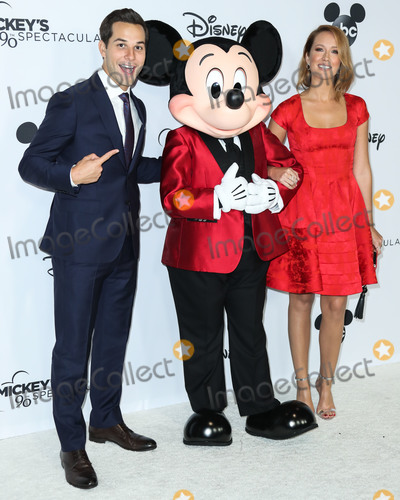 Anna Camp Photo - LOS ANGELES CA USA - OCTOBER 06 Skylar Astin Mickey Mouse Anna Camp at Mickeys 90th Spectacular held at The Shrine Auditorium and Expo Hall on October 6 2018 in Los Angeles California United States (Photo by Xavier CollinImage Press Agency)