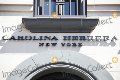 Carolina Herrera Photo - BEVERLY HILLS LOS ANGELES CALIFORNIA USA - MARCH 21 Carolina Herrera New York Beverly Hills Rodeo Drive store temporarily closed due to the coronavirus two days after the Safer at Home order issued by both Los Angeles Mayor Eric Garcetti at the county level and California Governor Gavin Newsom at the state level on Thursday March 19 2020 which will stay in effect until at least April 19 2020 amid the Coronavirus COVID-19 pandemic March 21 2020 in Beverly Hills Los Angeles California United States (Photo by Xavier CollinImage Press Agency)