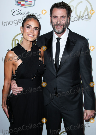 Andrew Form Photo - BEVERLY HILLS LOS ANGELES CA USA - JANUARY 19 Actress Jordana Brewster and husbandproducer Andrew Form arrive at the 30th Annual Producers Guild Awards held at The Beverly Hilton Hotel on January 19 2019 in Beverly Hills Los Angeles California United States (Photo by Xavier CollinImage Press Agency)