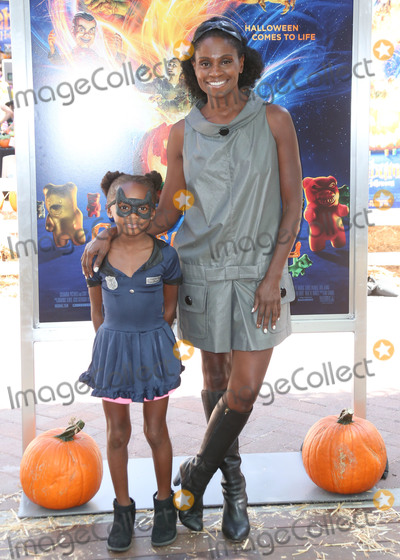 Adina Porter Photo - CULVER CITY LOS ANGELES CA USA - OCTOBER 07 Adina Porter at the Los Angeles Special Screening Of Columbia Pictures And Sony Pictures Animations Goosebumps 2 Haunted Halloween held at Sony Pictures Studios on October 7 2018 in Culver City Los Angeles California United States (Photo by David AcostaImage Press Agency)