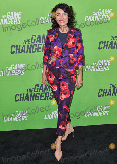 The Game Photo - HOLLYWOOD LOS ANGELES CALIFORNIA USA - SEPTEMBER 05 Lisa Edelstein arrives at the Los Angeles Premiere Of The Game Changers held at ArcLight Cinemas Hollywood on September 5 2019 in Hollywood Los Angeles California United States (Photo by Image Press Agency)