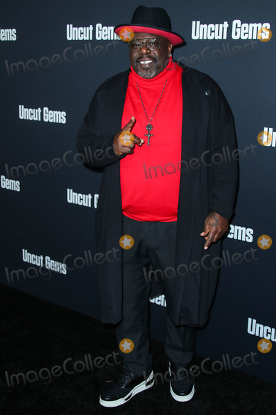 Cedric The Entertainer Photo - HOLLYWOOD LOS ANGELES CALIFORNIA USA - DECEMBER 11 Actor Cedric the Entertainer arrives at the Los Angeles Premiere Of A24s Uncut Gems held at the ArcLight Cinerama Dome on December 11 2019 in Hollywood Los Angeles California United States (Photo by Xavier CollinImage Press Agency)