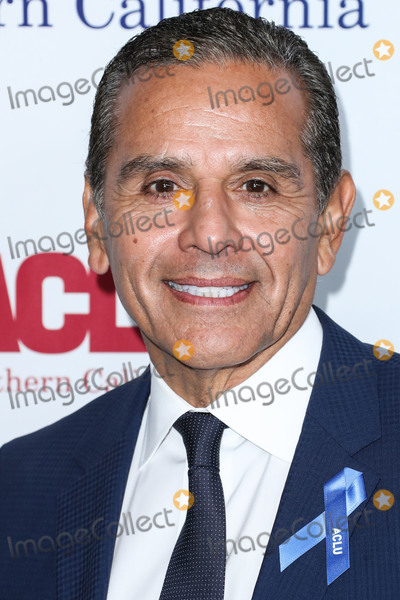 Antonio Villaraigosa Photo - BEVERLY HILLS LOS ANGELES CALIFORNIA USA - NOVEMBER 17 Former Mayor of Los Angeles California Antonio Villaraigosa arrives at the ACLU SoCals Annual Bill Of Rights Dinner 2019 held at the Beverly Wilshire Four Seasons Hotel on November 17 2019 in Beverly Hills Los Angeles California United States (Photo by Xavier CollinImage Press Agency)
