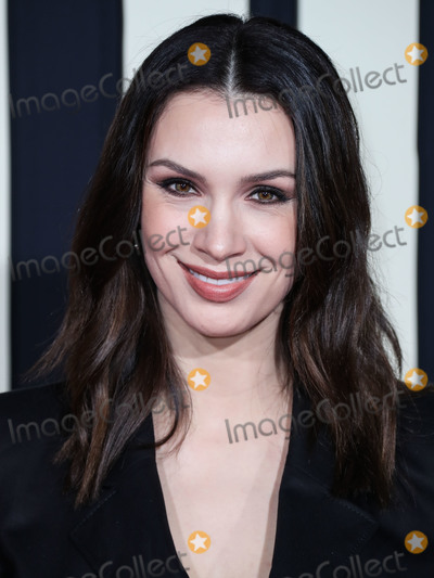 Alixandra von Renner Photo - HOLLYWOOD LOS ANGELES CALIFORNIA USA - OCTOBER 15 Actress Alixandra von Renner arrives at the Los Angeles Premiere Of Fox Searchlights Jojo Rabbit held at the Hollywood American Legion Post 43 on October 15 2019 in Hollywood Los Angeles California United States (Photo by Xavier CollinImage Press Agency)