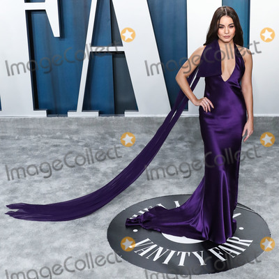 Vanessa Larr Photo - BEVERLY HILLS LOS ANGELES CALIFORNIA USA - FEBRUARY 09 Vanessa Hudgens arrives at the 2020 Vanity Fair Oscar Party held at the Wallis Annenberg Center for the Performing Arts on February 9 2020 in Beverly Hills Los Angeles California United States (Photo by Xavier CollinImage Press Agency)