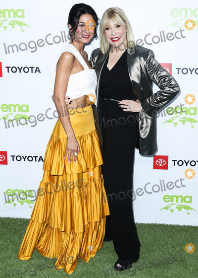 Emmanuelle Chriqui Photo - PACIFIC PALISADES LOS ANGELES CALIFORNIA USA - SEPTEMBER 28 Emmanuelle Chriqui and Debbie Levin arrive at the 2nd Annual Environmental Media Association Honors Benefit Gala held at a Private Residence on September 28 2019 in Pacific Palisades Los Angeles California United States (Photo by Xavier CollinImage Press Agency)
