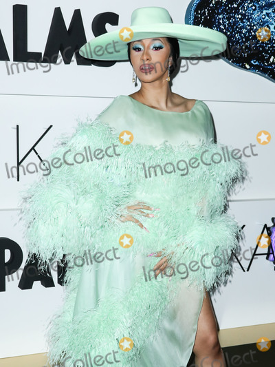 Kaos Photo - (FILE) Cardi B And Fashion Nova Are Giving Away 1000 Per Hour Amid Coronavirus COVID-19 Pandemic Fashion Nova and Cardi B are donating 1000 every hour for the next 42 days until theyve given away 1 million to those affected by the coronavirus pandemic LAS VEGAS NEVADA USA - APRIL 06 Rapper Cardi B (Belcalis Marlenis Almanzar) wearing Ralph  Russo arrives at the Kaos Dayclub and Nightclub Grand Opening Weekend At Palms Casino Resort held at Kaos Dayclub and Nightclub at Palms Casino Resort on April 6 2019 in Las Vegas Nevada United States (Photo by Xavier CollinImage Press Agency)