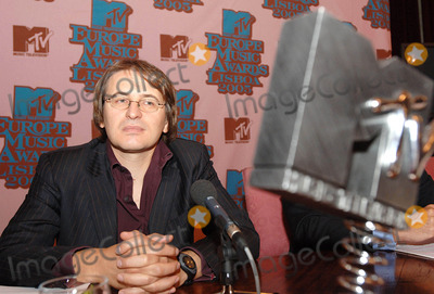 Antonio Campos Photo - K4530420050927 LISBON PORTUGAL   Six weeks before the MTV Europe Music Awards nominees for 2005 edition of MTV Europe Awards are announced  In picture Antonio Campo Dell Orto (MTV Networks Europe Managing Director)PHOTO ALVARO ISIDORO-CITYFILES-GLOBE PHOTOS