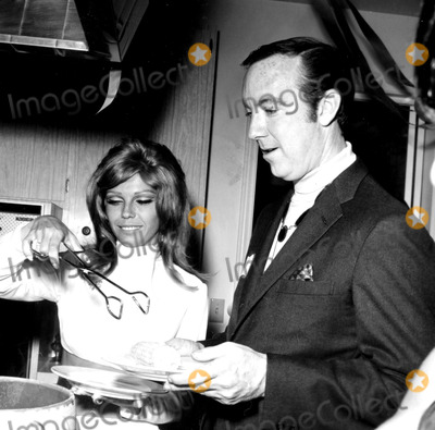 Jack Haley Photo - Nancy Sinatra and Jack Haley Jr a1013-1e Nate CutlerGlobe Photos Inc