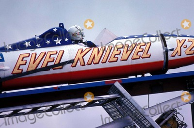 Evel Knievel Photo - Evel Knievel Photo by Globe Photos