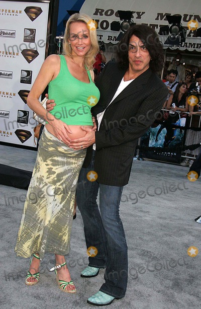 Paul Stanley Photo - Superman Returns World Premiere Mann Village  Bruin Theatres Westwood CA 06-21-2006 Photo Clinton H Wallace-photomundo-Globe Photos Inc Paul Stanley and Erin Sutton