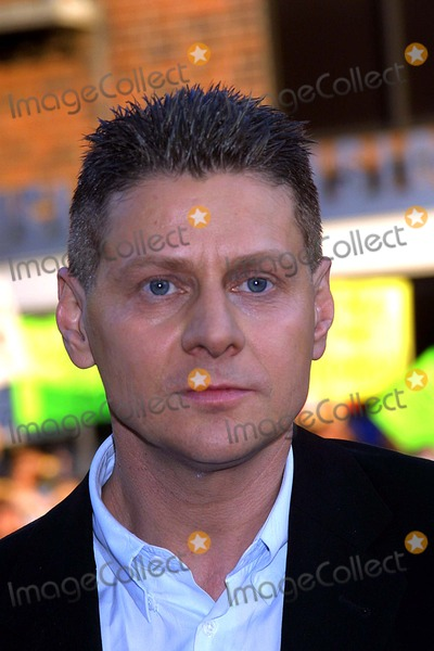 Andrew Niccol Photo - -the Premiere of Simone Mann National Westwood CA 081302 Photos by Ed GellerGlobe Photos 2002 Andrew Niccol