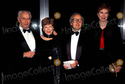 Andre Previn Photo - Kennedy Center Honors Mr and Mrs Eli Wallach 12-03-1994 Andre Previn and Wife Photo by James M Kelly-Globe Photos