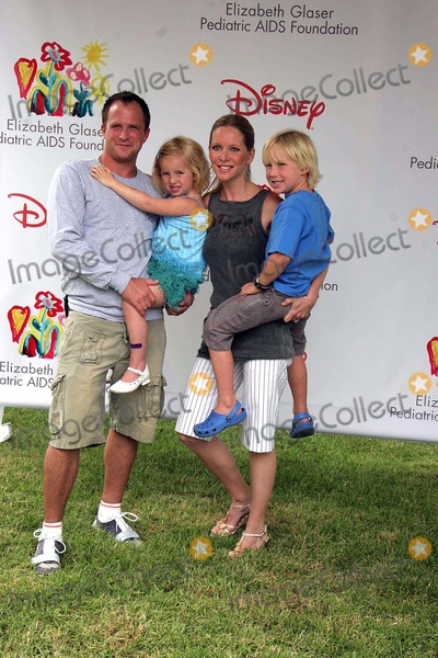 Christian James Photo - I10829CHWA TIME FOR HEROES CELEBRITY CARNIVAL SPONSORED BY DISNEY TO BENEFIT THE ELIZABETH GLASER PEDIATRIC AIDS FOUNDATIONWADSWORTH THEATRE WESTWOOD CA 06-11-2006PHOTO CLINTON H WALLACE-PHOTOMUNDO-GLOBE PHOTOS INC LAURALEE BELL AND HUSBAND SCOTT MARTIN WITH SON CHRISTIAN JAMES MARTIN AND DAUGHTER SAMANTHA LEE MARTIN