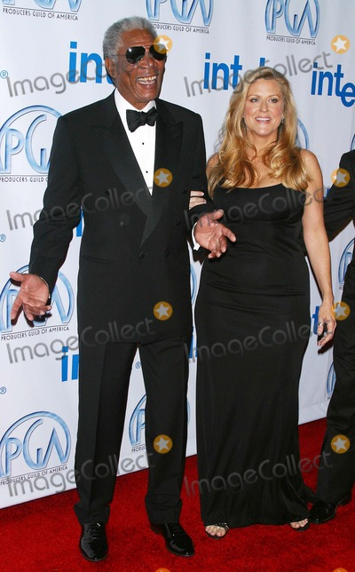 Nellie Bellflower Photo - the 2005 Pga Awards Culver Studios Culver City CA 01-22-05 Photo by Milan RybaGlobe Photos Inc 2005 Morgan Freeman and Nellie Bellflower(producer of Finding Neverland)