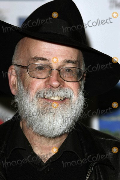Terry Pratchett Photo - Sir Terry Pratchett Writer Oldie of the Year Awards 2009 at Simpsons in the Strand in London 02-24-2009 Photo by Neil Tingle-allstar-Globe Photos Inc