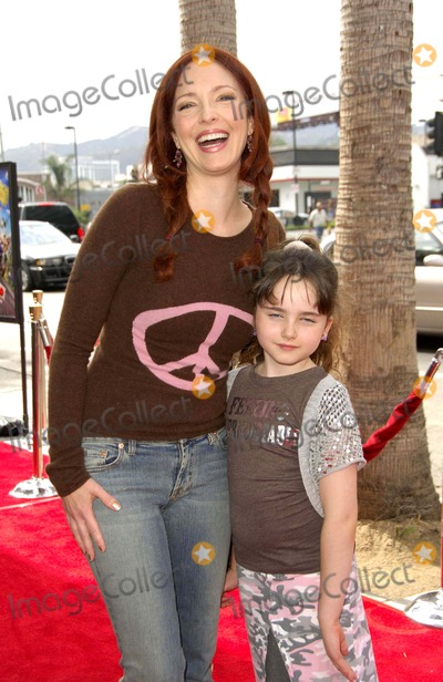 Stella Ritter Photo - Amy Yasbeck and Her Daughter Stella Ritter During the Premiere of the New Movie From Paramount Pictures Barnyard Held at the Cinerama Dome on July 30 2006 in Los Angeles Photo Michael Germana - Globe Photos Inc