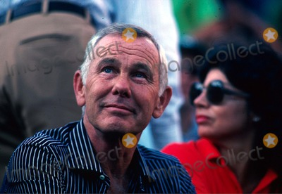 Johnny Carson Photo - Johnny Carson 1981 Photo by James Colburn-ipol-Globe Photos Inc