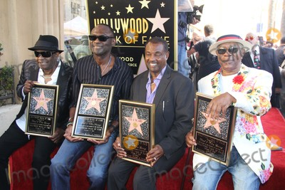 Thomas Roberts Photo - Kool  the Gang Honored with a Celebration For Their 50th Anniversary with a Star on the Hollywood Walk of Fame 7065 Hollywood Blvd Hollywood CA 10082015 Ronald Khalis Bell Dennis Dt Thomas Robert Kool Bell and Funky George Brown - Kool  the Gang Clinton H Wallacephotomundo InternationalGlobe Photos Inc