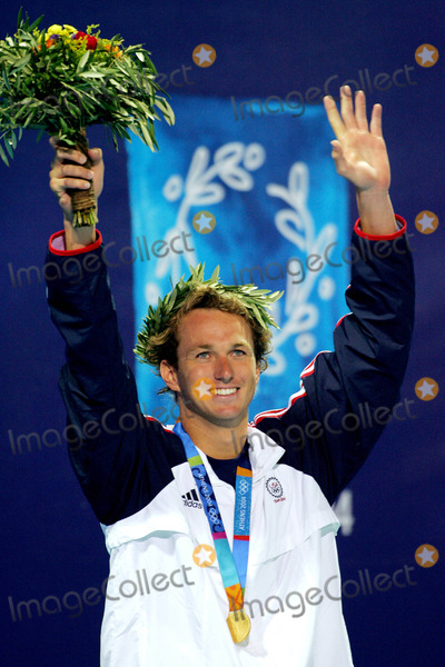 Aaron Peirsol Photo - Aaron Peirsol USA Swimming Athens Greece 16082004 Di547 Photo ByallstarGlobe Photos Inc 2004