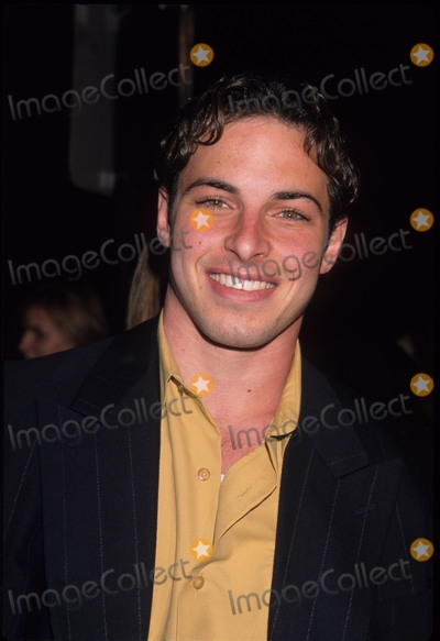 Nick Spano Photo - Nick Spano Wild Things Premiere Los Angeles Ca 1998 K11559lr Photo by Lisa Rose -Globe Photos Inc