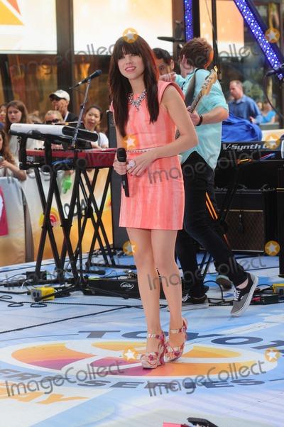 Adam Young Photo - Today Show Rockefeller Center ny 08-23-2012 Photo by - Ken Babolcsay IpolGlobe Photos 2012 Carly Rae Jepsen