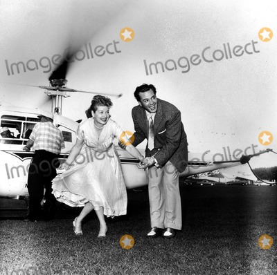 Desi Arnaz Photo - Lucille Ball and Desi Arnaz 10588b Larry Barbier JrGlobe Photos Inc