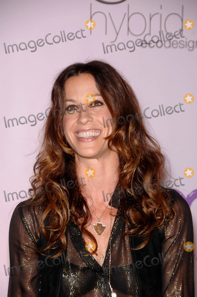 Alanis Morisette Photo - Alanis Morisette During the 2009 Environmental Media Association Awards Held at Paramount Studios on October 25 2009 in Los Angeles Photo Michael Germana - Globe Photos Inc