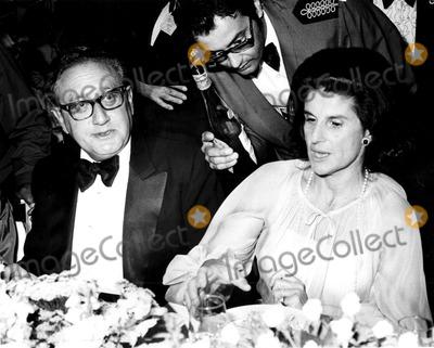 Yitzhak Rabin Photo - Henry Kissinger and Mrs Yitzhak Rabin at the Beverly Hilton Hotel 231976 Phil RoachipolGlobe Photos Inc Henrykissingerretro