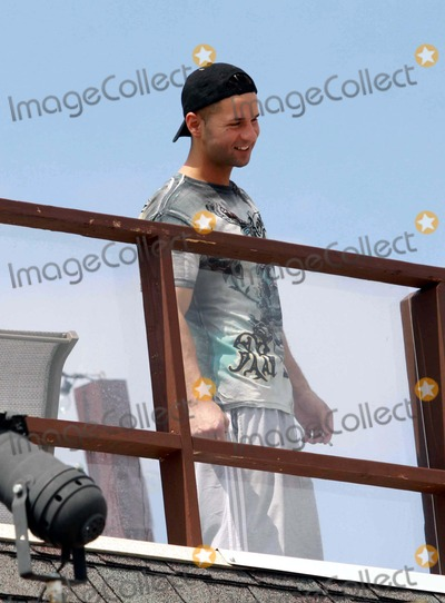 Mike The Situation Sorrentino Photo - Mike the Situation Sorrentino Filming Jersey Shore Tv Show at Seaside Heights Beach New Jersey 08-26-2010 Photo by John BarrettGlobe Photos Inc2010