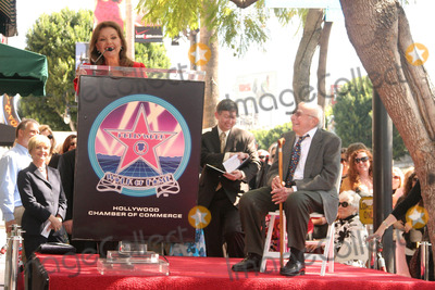 Dawn Wells Photo - Sherwood Schwartz Honored with Star on Hollywood Walk of Fame Hollywood Blvd Hollywood CA 030708 Dawn Wells and Sherwood Schwartz Photo Clinton H Wallace-photomundo-Globe Photos Inc