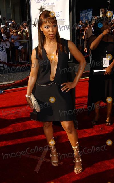Elise Neal Photo - - 3rd Annual Bet Awards - Arrivals Kodak Theatre Hollywood CA - 06242003 - Photo by Fitzroy Barrett  Globe Photos Inc 2003 - Elise Neal