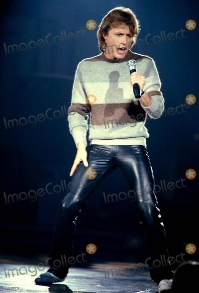 Andy Gibb Photo - MacGlobe Photos E2140 Andy Gibb