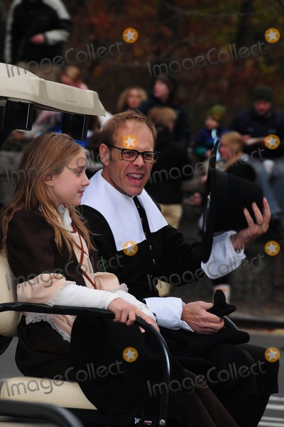 Alton Brown Photo - Alton Brown the 84th Annual Macys Thanksgiving Day Padade 11-25-10 Photo by Ken Babolcsay -ipol-Globe Photos Inc2010