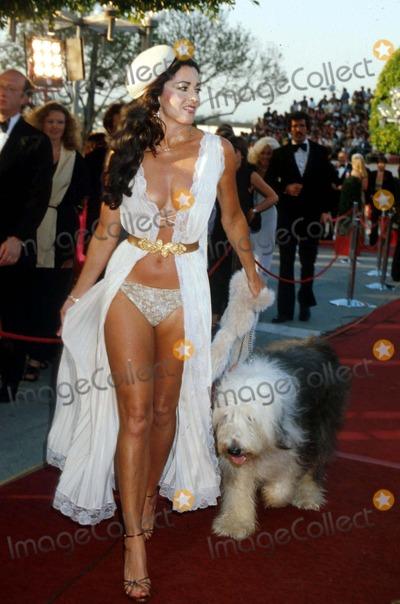 Edy Williams Photo - Edy Williams 1980 Iii77 Academy Awards  Oscars Photo by Phil RoachipolGlobe Photos Inc