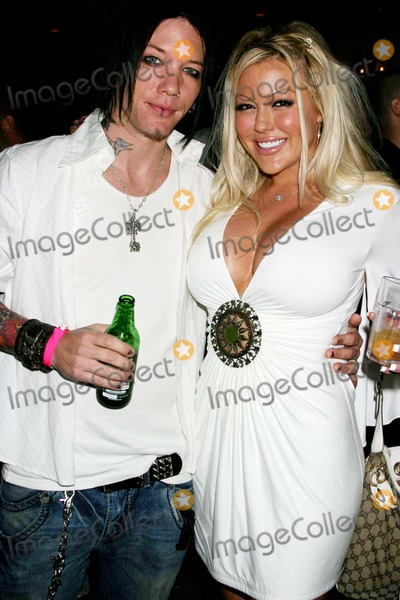 Tiffany Holiday Photo - Birthday Party For Benchwarmer Founder Brian Wallos Les Deux Hollywood CA 08-28-2006 Tiffany Holiday and Guest Photo Clinton H Wallace-photomundo-Globe Photos Inc