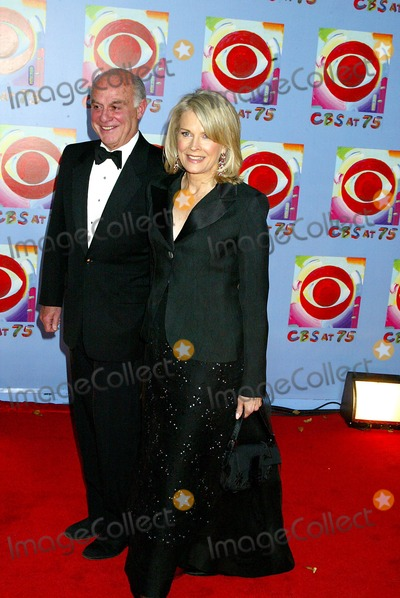 Candace Bergen Photo - Cbs at 75 at the Hammerstein Ballroom  NYC 11022003 Photosonia Moskowitz  Globe Photosinc Candace Bergen and Marshall Rose