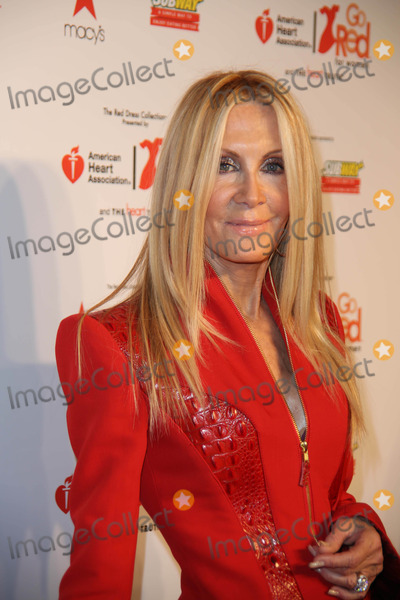 Joan Van Ark Photo - The Heart Truth Red Dress 2014 Fashion Show Backstage Mercedes Benz Fashion Week NY Theatre Lincoln Center NYC February 6 2014 Photos by Sonia Moskowitz Globe Photos Inc 2014 Joan Van Ark