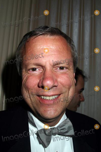 Brian Thompson Photo - 2004 New York Emmy Awards Waldorf Astoria New York City 03282004 Photo by Mitchell LevyrangefindersGlobe Photos Inc 2004 Brian Thompson