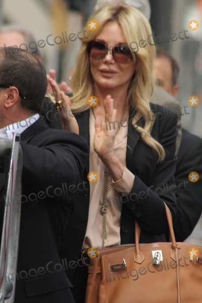 Christine Peters Photo - Sumner Redstone Honored with Star on the Hollywood Walk of Fame Hollywood CA 03302012 Christine Peters Photo Clinton H Wallace-ipol-Globe Photos Inc
