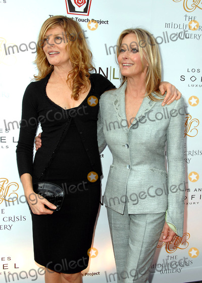 RENEE RUSSO Photo - The Heart Touch One Night One Heart Tribute Dinner at Simon LA at Sofitel in Beverly Hills CA 05-13-2008 Image Rene Russo and Bo Derek Photo James Diddick  Globe Photos