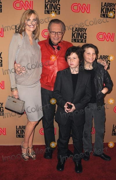 Photos and Pictures - Larry King Final Broadcast Vip ...