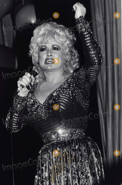 Juvenile Photo - Dolly Parton at Her Mini Benefit Performance For the Juvenile Diabetes Research Foundation  the Waldorf Astoria Hotel the Benefit For a New Wing at New York Hospital Cornell Medical Center Photo by Adam Scull-Globe Photos Inc