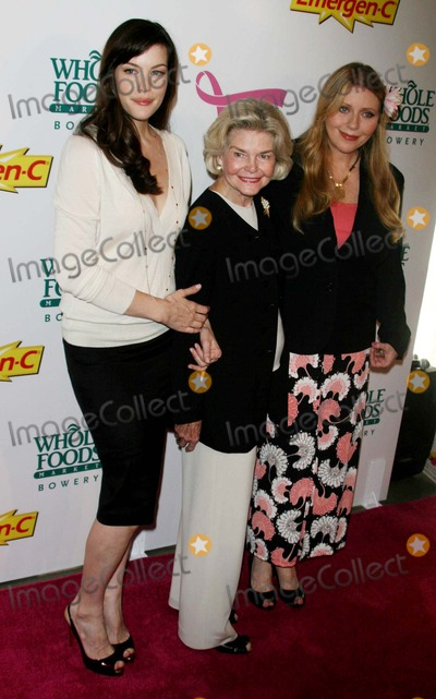 DOROTHEA JOHNSON Photo - LIV TYLERHER MOTHER BEBE BUELL AND HER GRAND MOTHER DOROTHEA JOHNSON KICK OFF  BREAST CANCER AWARENESS MONTH WITH LAUNCH OF GENERATION PINK WITH EMERGEN-C AT  WHOLE FOODS MARKETBOWERY DATE 101-08-07  PHOTOS BY JOHN BARRETT-GLOBE PHOTOSINCLIV TYLERBEBE BUELLDOROTHEA JOHNSONK54973JBB