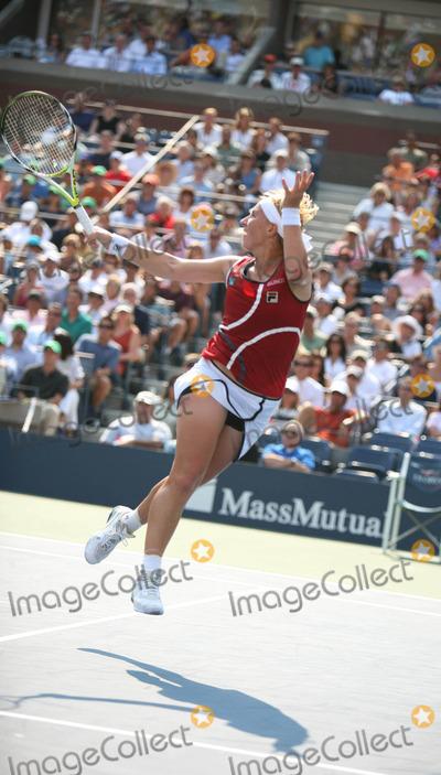 Anna Chakvetadze Photo - Us Open Womens Semi Final Match Usta Billie Jean King Tennis Center Flushing New York 09-07-2007 Photo by Sonia Moskowitz-Globe Photos Inc2007 Anna Chakvetadze