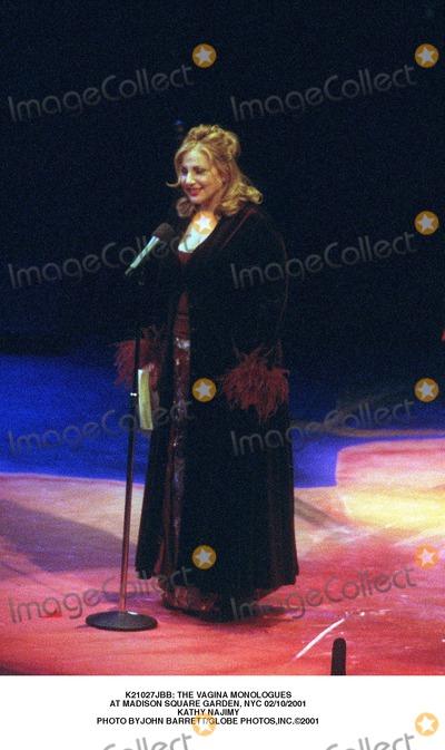Kathy Najimy Photo -  the Vagina Monologues at Madison Square Garden NYC 02102001 Kathy Najimy Photo Byjohn BarrettGlobe Photosinc